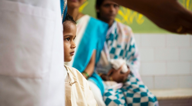 New Media Journalists Travel to India, Report on Child Survival