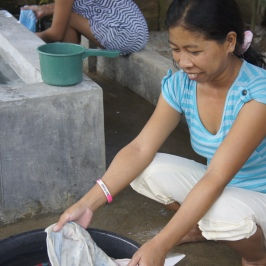 Women working in the Philippines
